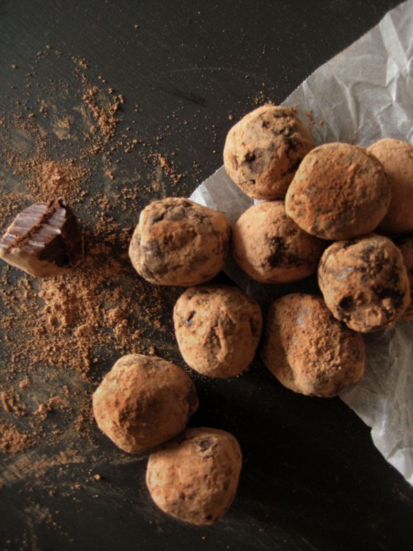 Chocolate truffles. Raw cacao, dates, coconut oil Yoga in Yamba...