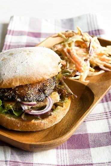 Portobello-tofuburgerit