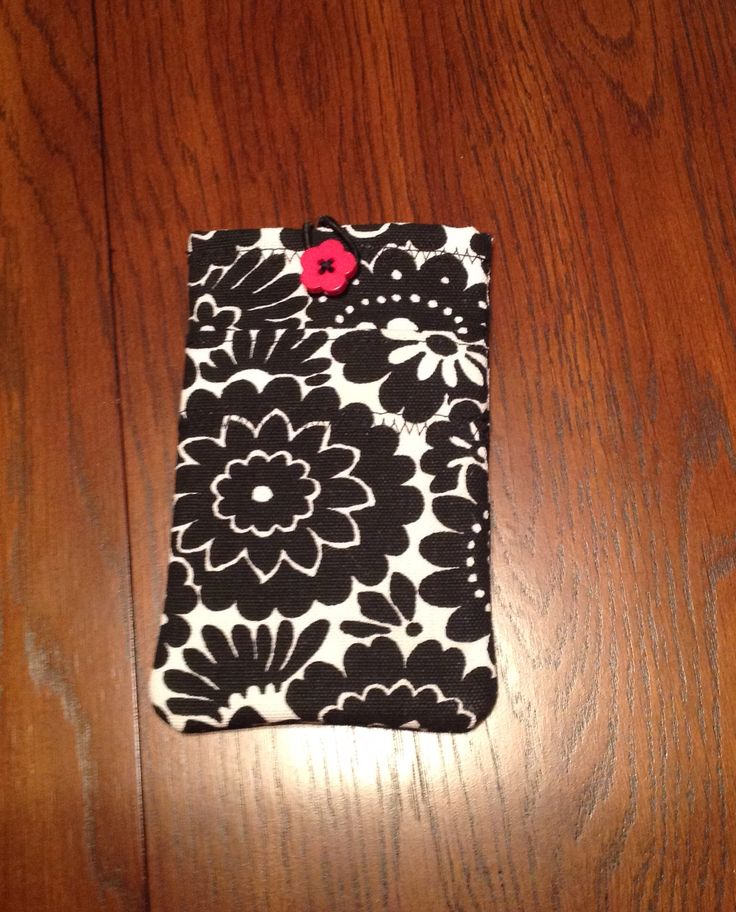iPhone 6 padded cover with pocket