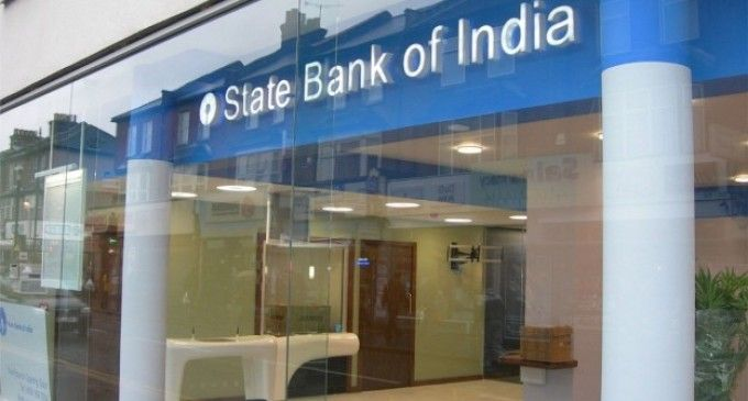 SBI Announces Penalty for Non-Maintenance of Rs 5000 Minimum Balance   Making it compulsory for account-holders to maintain a minimum balance the State Bank of India (SBI) said on FRiday said it will be charging defaulters a penalty from April 1 onwards. Making maintenance of Rs 5000 mandatory for accounts in metropolitan areas Rs 3000 in urban areas Rs 2000 in semi-urban areas and Rs 1000 in rural areas the SBI listed out the charges to be effective from April 1.  These charges will be…