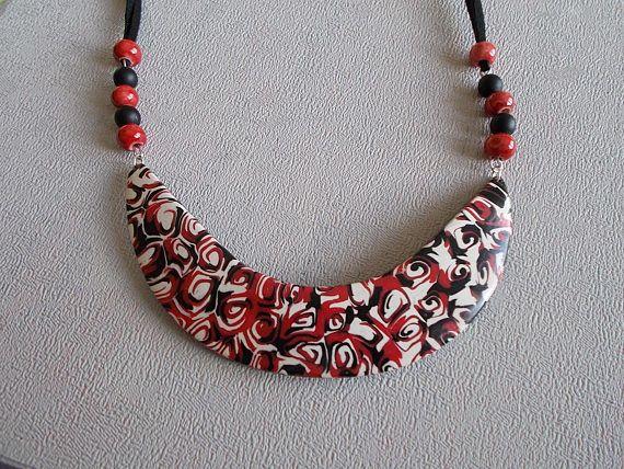 collier plastron en pâte polymère dans les tons rougeblanc et. Bijoux En Pate  FimoCollier PlastronBijoux