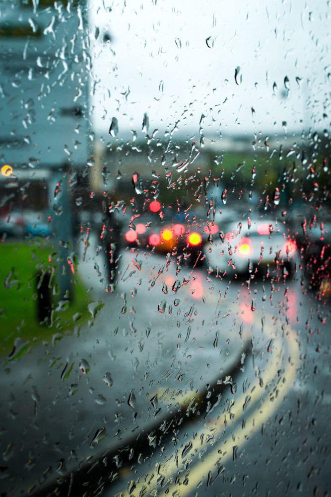 Rain splattered windows.   If I don't wet, I like rain. sometimes I like be wet.