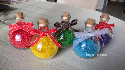 legend of zelda wedding favors | These colored potion bottles fit right into our Legend of Zelda theme!