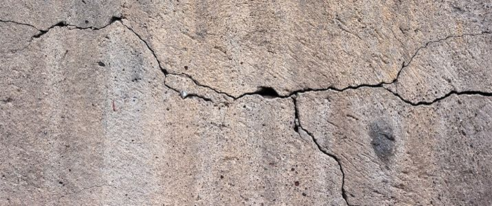 Professional Stucco Crack Repair Saves You Money