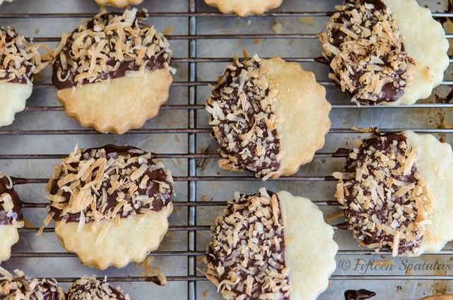 Chocolate Dipped Shortbread Cookies | Cookies | Pinterest