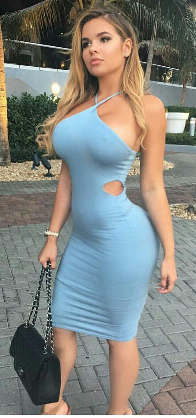 Fotos de mujeres en mini vestidos