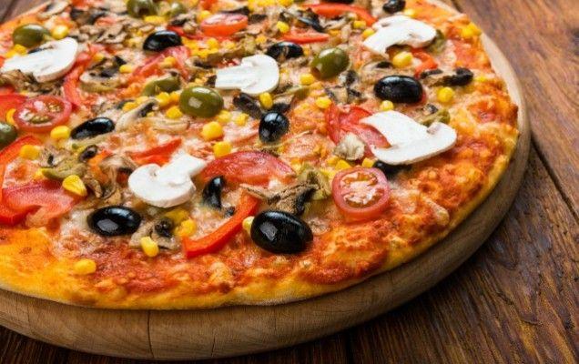Νηστίσιμη πίτσα με λαχανικά - iCookGreek