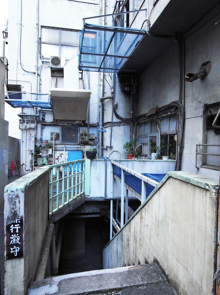 [怪し景 / Ayashi-kwei]