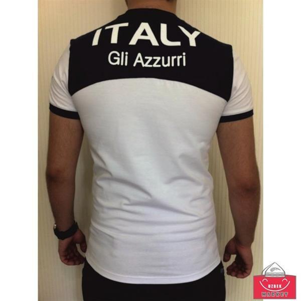 Облегающая мужская белая футболка