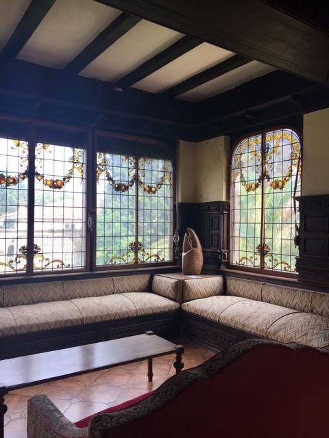 Salones de vidirieras del Palacio del Albaicín de Noja #vidrieras #vidrio #Palacio #cultura #Noja