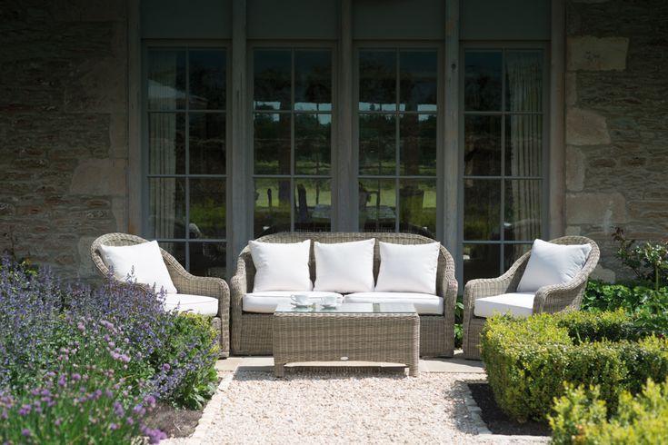 Gartenmobel Aus Paletten Kosten :  absolut wetterfest und unglaublich bequem Das Design erinnert an