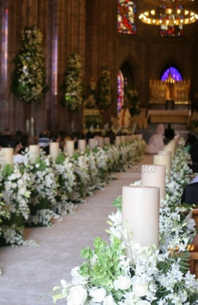 Wedding Ceremony | Flowers and Candles