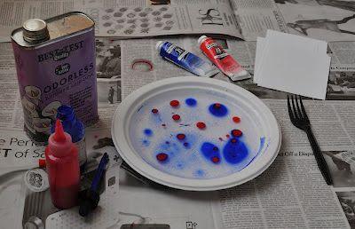 Arte con i bambini: semplice tecnica di marmorizzazione della carta