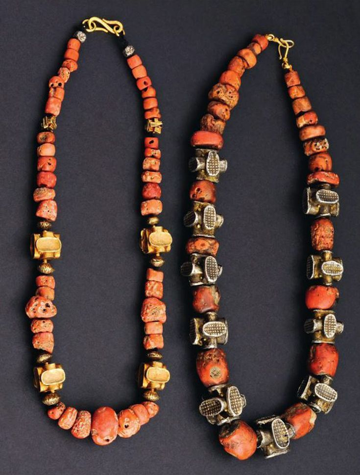 Two women's necklaces. Payakumbuh, West Sumatra. Coral, gold, silver. The strikingly modern looking square beads (kaban) are fabricated in only one village    Ethnic Jewellery from Indonesia: Continuity and Evolution By Bruce W. Carpenter, page 108 #EthnicGoldJewellery #GoldJewelleryModern