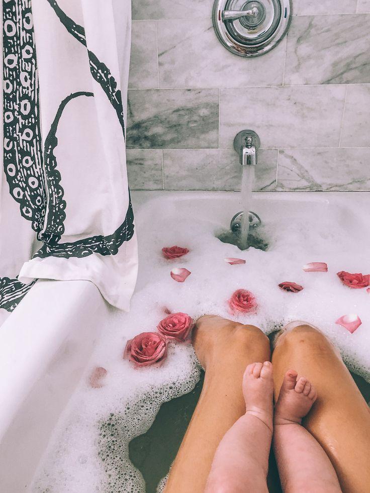 • bain • famille •