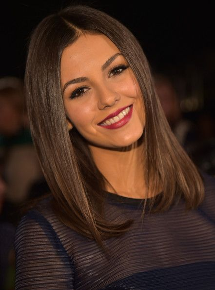 Victoria Justice Photos: DKNY Women's - Front Row - Mercedes-Benz Fashion Week Spring 2015