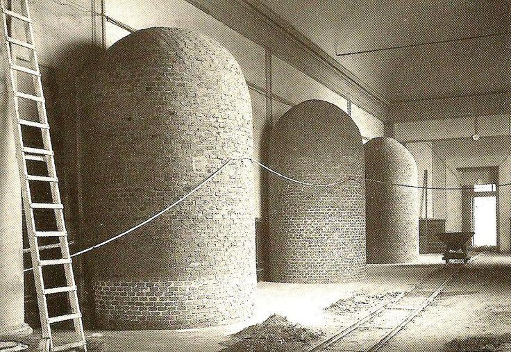 Michelangelo's I Prigioni, Galleria dell'accademia, 1941-1945
