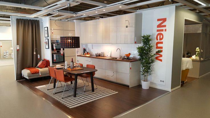 captivating beige gloss kitchen | METOD VOXTORP high gloss beige roomset, IKEA Duiven ...