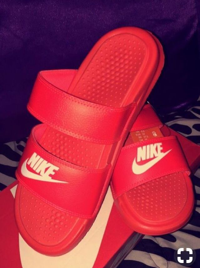 Pin by ShaNyla Cooke on SHOES in 2019 | Shoes, Nike shoes