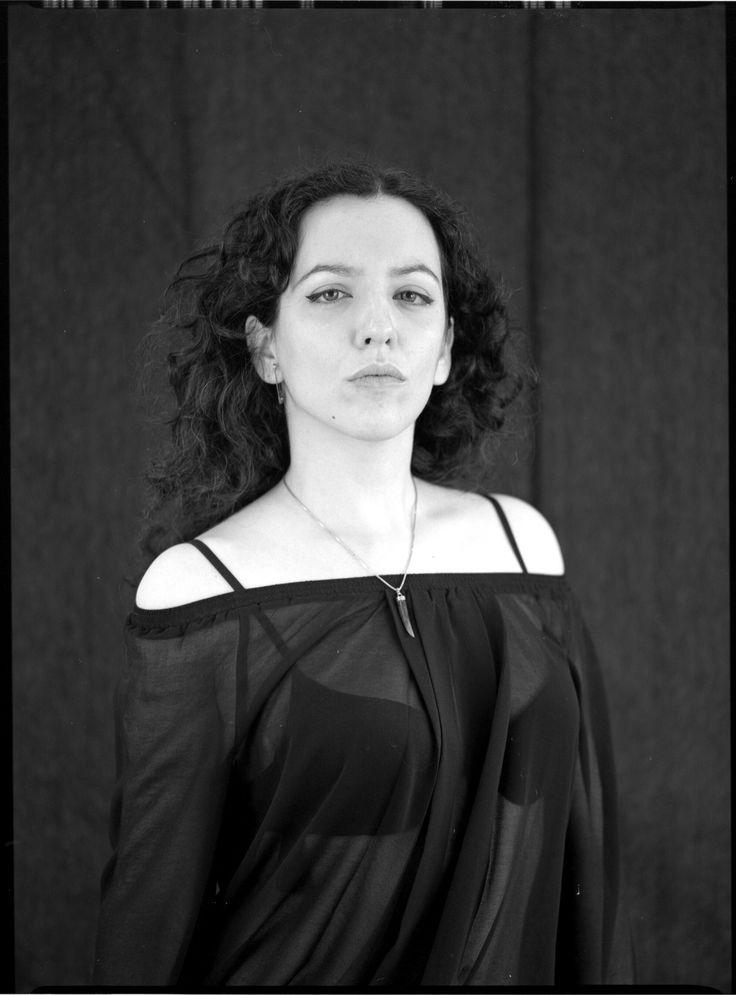 """Dama Hermosa"" | Black & White | Medium Format | 6x4.5 | Portrait"