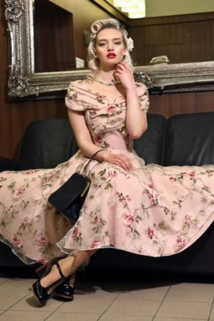 Collectif Clothing by TopVintage - 50s Dorothy Tulle Floral Swing Dress Pink