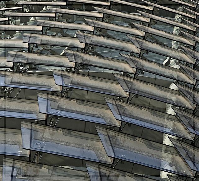 glass louver @d.teil by d.teil, via Flickr
