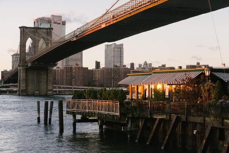 Great dining options on the Brooklyn side of the Brooklyn Bridge.