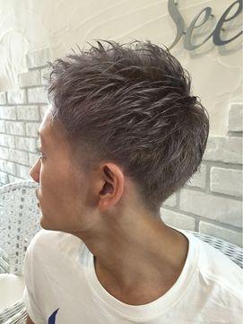 Hair Grande Seeek【ヘアーグランデシーク】 Seeek Style 夏にオススメ!銀髪ツーブロック☆
