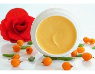 Crema de noapte antioxidanta cu extract de sangele dragonului, acid ferulic si vitamine