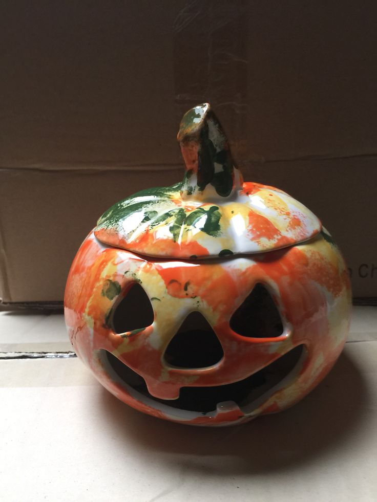 Halloween Pumpkin painted at The Crafty Cafe