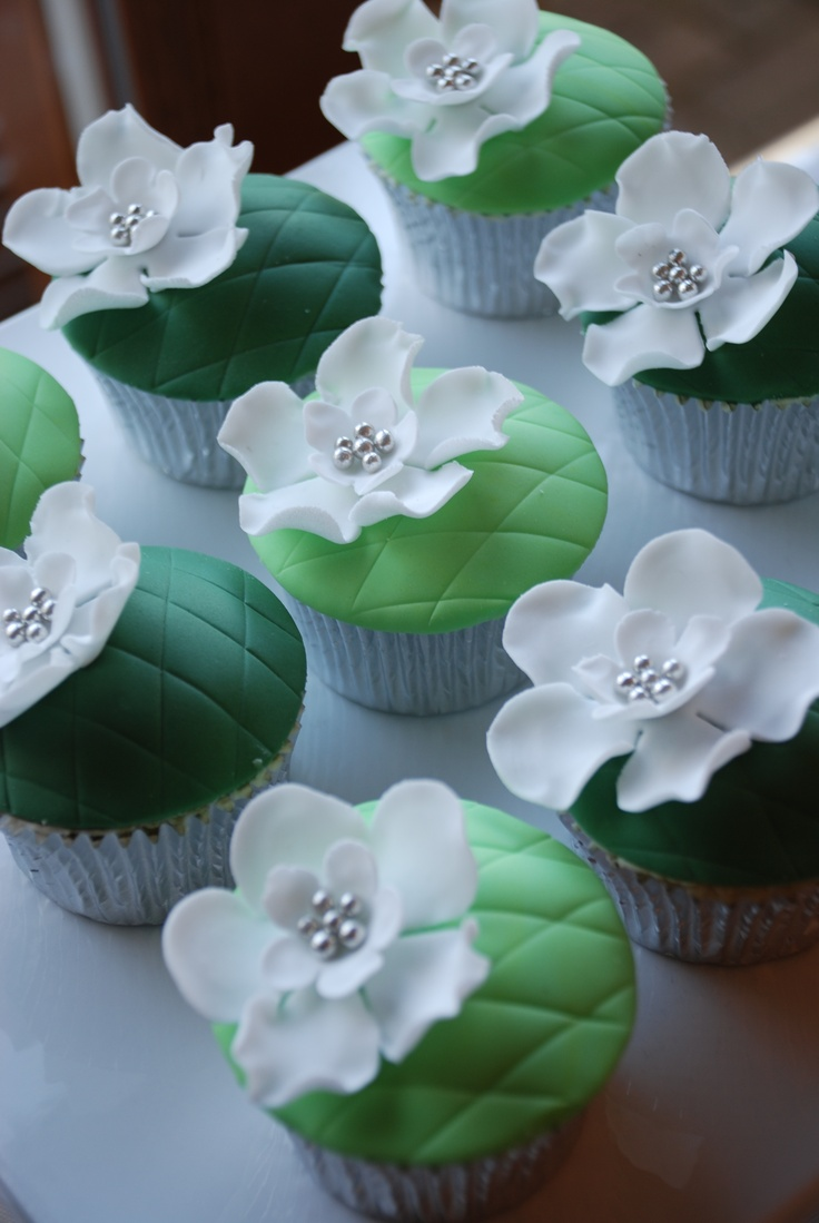 Green themed cupcakes for Macmillan cancer support coffee morning