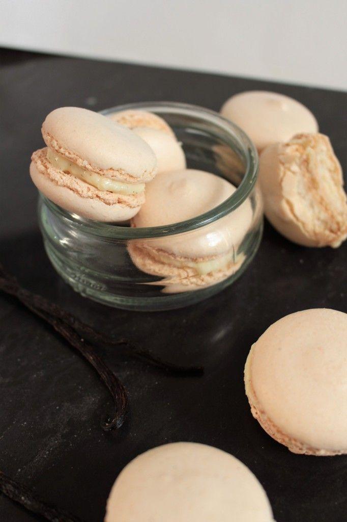 Macarons vanille ultra, façon Christophe Felder.