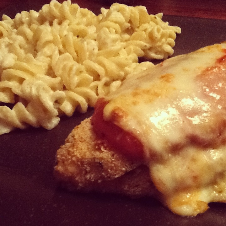Chicken parmesean and garlic and herb cream cheese noodles, yum!