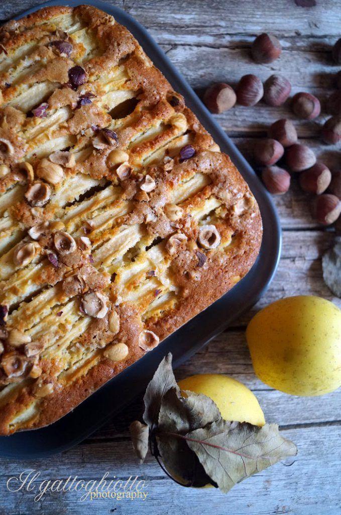 Torta di mele con farina di kamut e nocciole