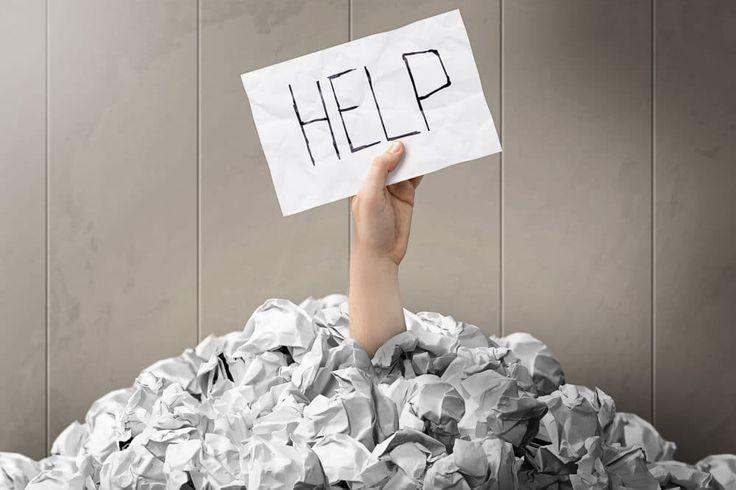 Wächst Dir die Arbeit über den Kopf. Du hast dann die Wahl: Entweder Du steuerst direkt auf ein Burnout zu oder aber Du sprichst mit Deinem Chef. Nur, wie?   #Burnout #Burnout-Prävention #Prävention #weniger Arbeit #Überlastung