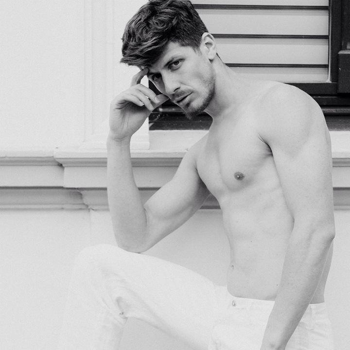 #black #white #malemodel #fitmale #MRA @AlexandruCotitu
