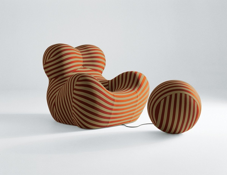 "Up 5 & Up 6. ""Donna"", an iconic design from Italian designer/artist Gaetano Pesce from 1969. The pieces were vacuum packed in flat boxes and once opened a Pop Up performance happened in front of your eyes."