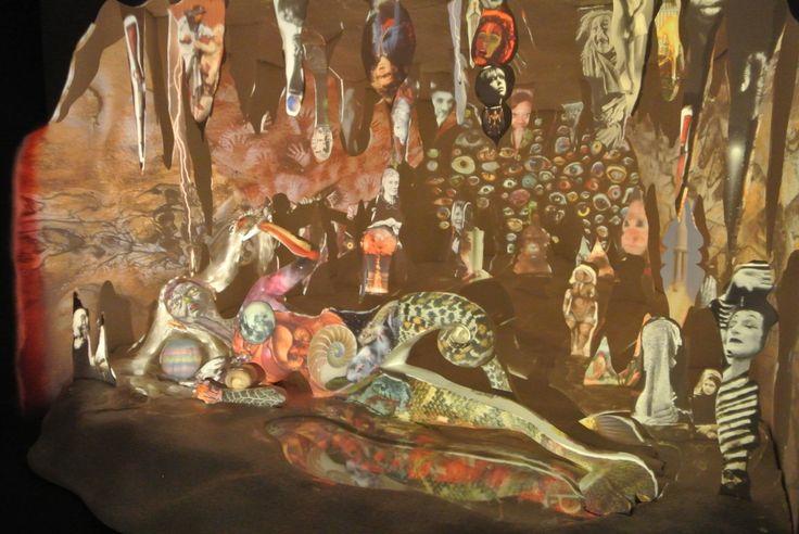 "Een drukke en ""rommelige"" collage. Biennale venetie 2013"
