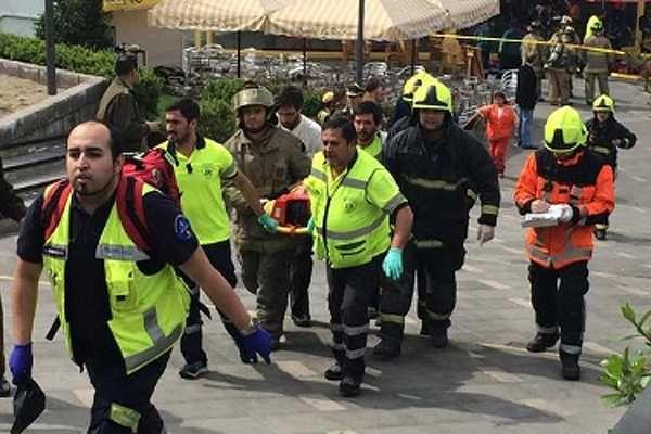 """El Frente Patriótico Manuel Rodríguez afirmó que el bombazo en el SubCentro aledaño a la estación Escuela Militar del Metro de Santiago """"no sirve a los intereses de la izquierda, es una acción cont..."""