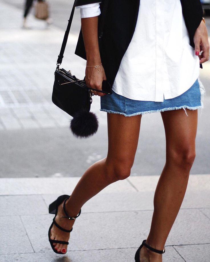 Andy Csinger в Instagram: «Keeping it simple! ✌️✔️ // @cosstores shirt, #cottonon skirt, @senso heels »