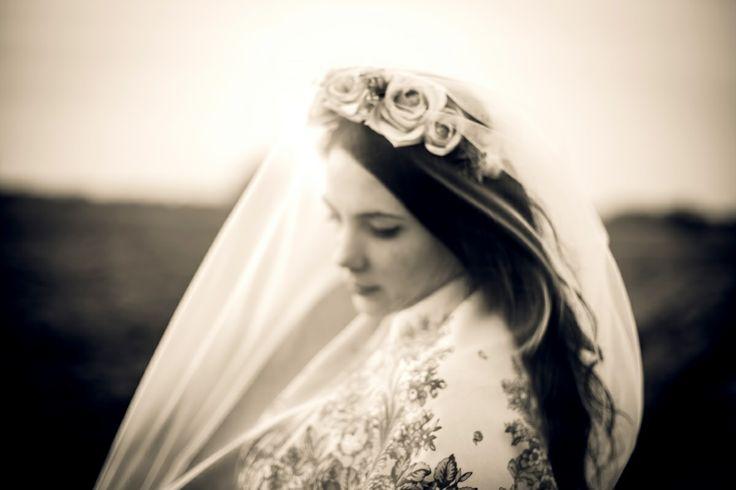 bride, wind