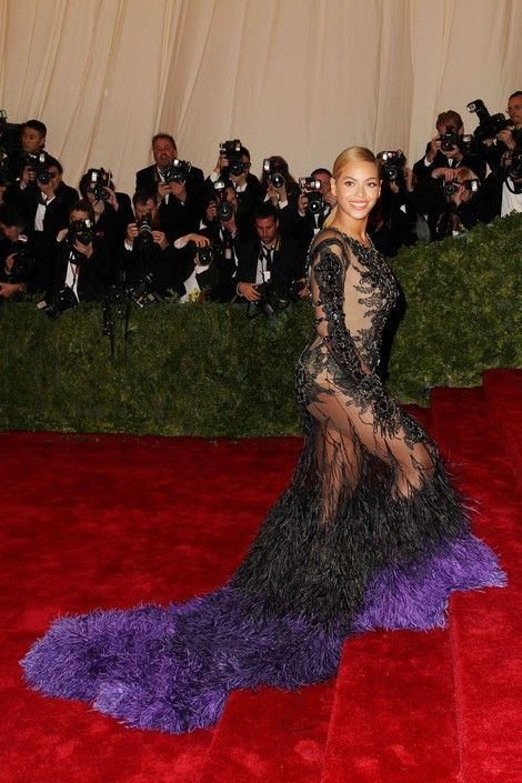 Beyonce, Scarlett Johansson, Rihanna & More Stars Sizzle At Costume Institute Gala