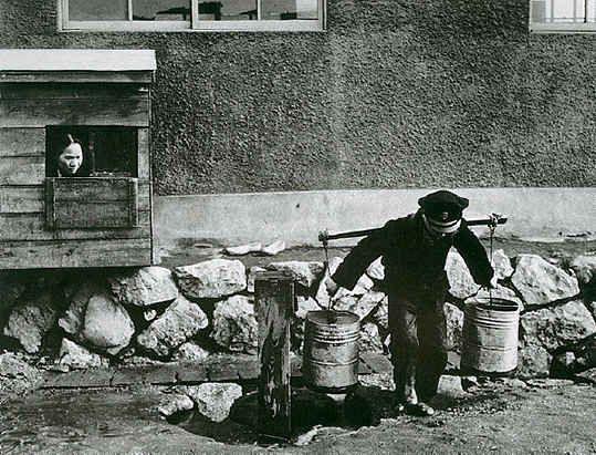 1958,Seoul, by Yi, Hyeong-rok