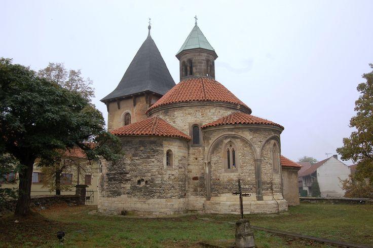 Česko, Holubice - Rotunda P.Marie