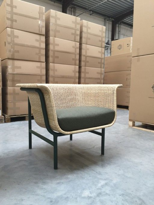 WICKED Armchair and Sofa| Design Alain Gilles for VINCENT SHEPPARD - Side table coffee tables sofa armchair wicker rattan woven furniture design wood steel outdoor indour