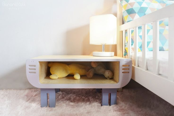 "Banana Yolk Mini kids design table ""Cochon Bleu"""
