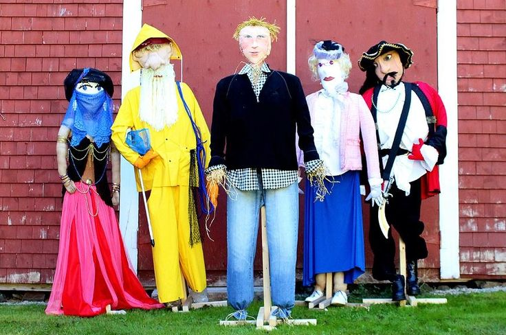 As seen on The Amazing Race Canada, the annual Mahone Bay Scarecrow Festival and Antique Fair takes place from October 4-6, 2013.