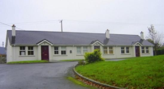 Millroad Cottages, Millroad, Newtown Cunningham, Co. Donegal. (Bungalow for sale)