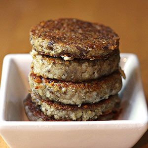 Regional Foods: Cincinnati's Favorite Breakfast--Goetta | via  Buttery Affair