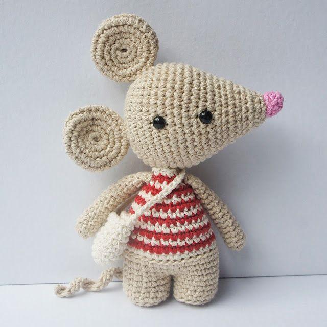 Materiales - Aguja de crochet de 3.00 mm - Hilo de algodón para aguja de 3.00 mm - Aguja de tapicería - Un par de ojitos de segu...